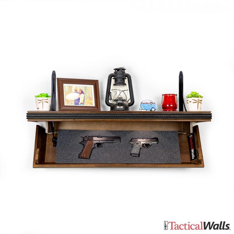 825 Top Locking Shelf